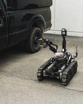 Bomb disposal robot (small)